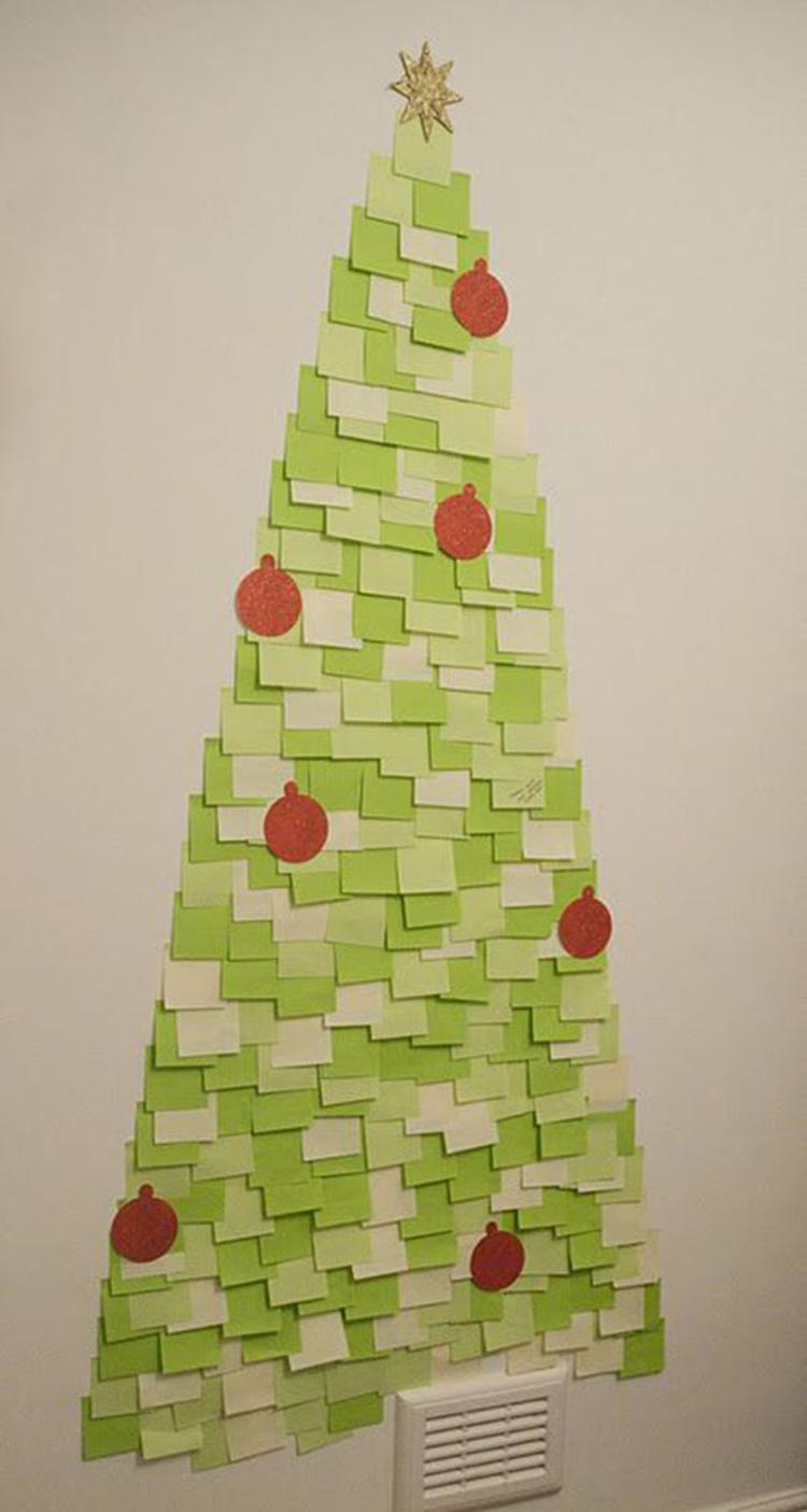 Làm cây thông Noel từ giấy nhớ