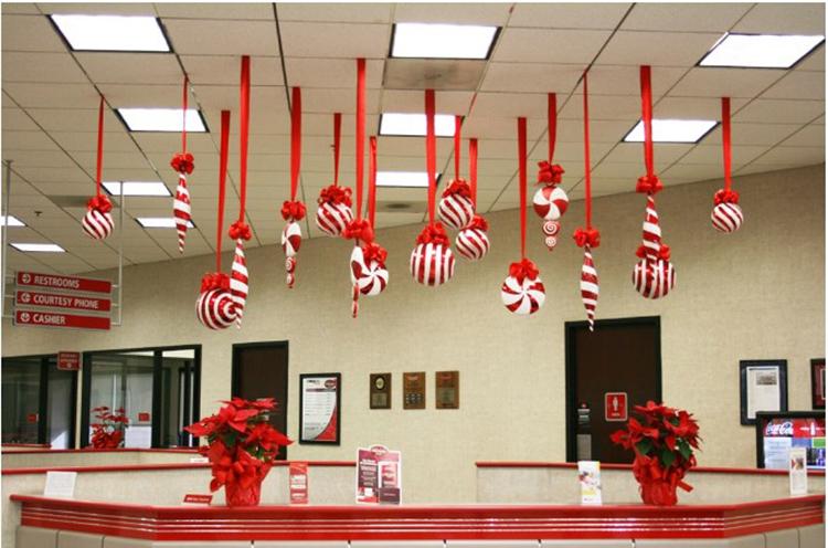 Trang trí văn phòng với những chiếc kẹo tự tạo