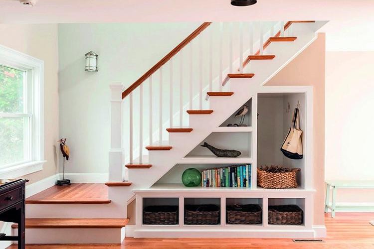 thiết kế bậc thang lên xuống đẹp
