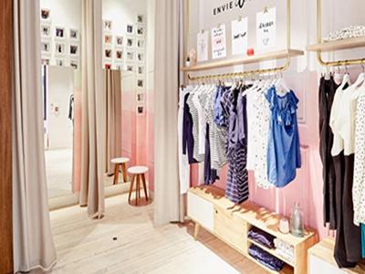 thiết kế shop rộng 20m2