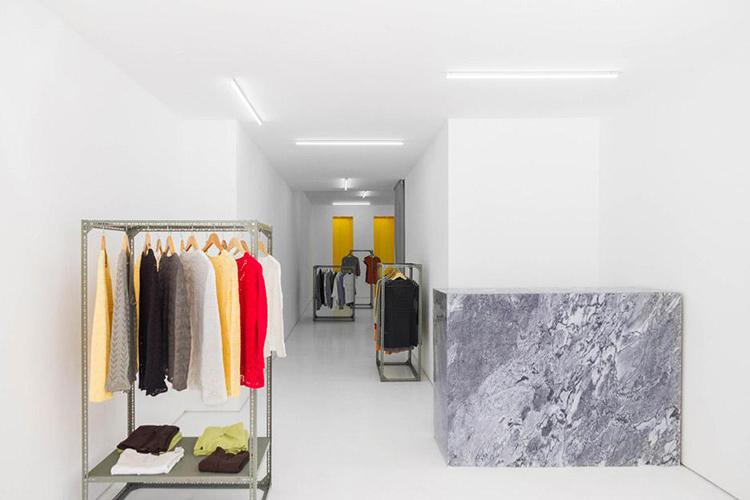 Thiết kế shop quần áo 40m2